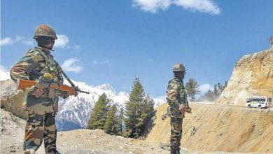 Photo of चाइना के साथ झड़प में  सीमा पर वीरगति को प्राप्त सैनिक सुनील कुमार को श्रद्धांजलि देने तेजस्वी यादव तथा सुशील मोदी,  पहुंचे पटना एयरपोर्ट